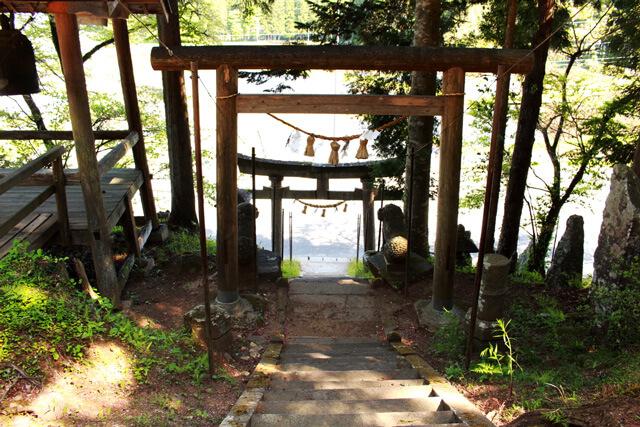 駒形根神社3