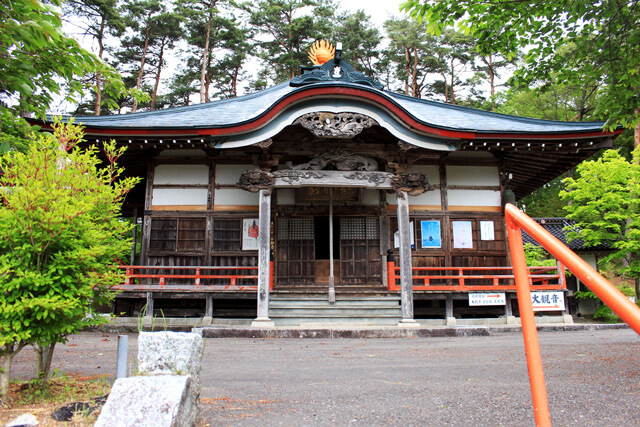 What is the charm of Fukusenji temple?