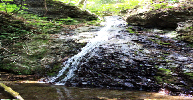 What is Fudo waterfall? The sound of the waterfall resonates comfortably!