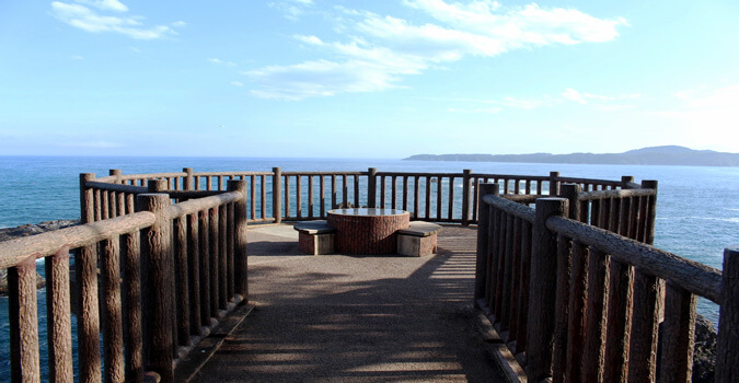 What is Goishi Coast?Stroll the Goishi coast while enjoying the view of the Sanriku coast!