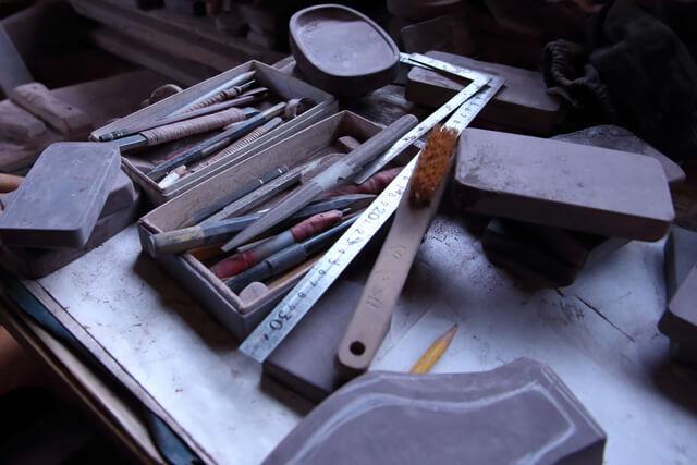 石選びが作品の成果を左右する⁉︎唯一人残る製硯師が語る紫雲石硯!